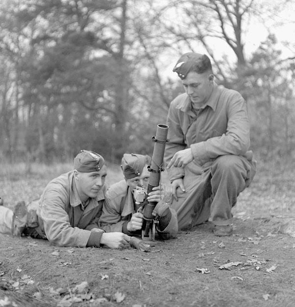 Photo of Mortar Team