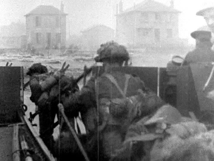 Photo of Canadian 8th Brigade at Juno Beach
