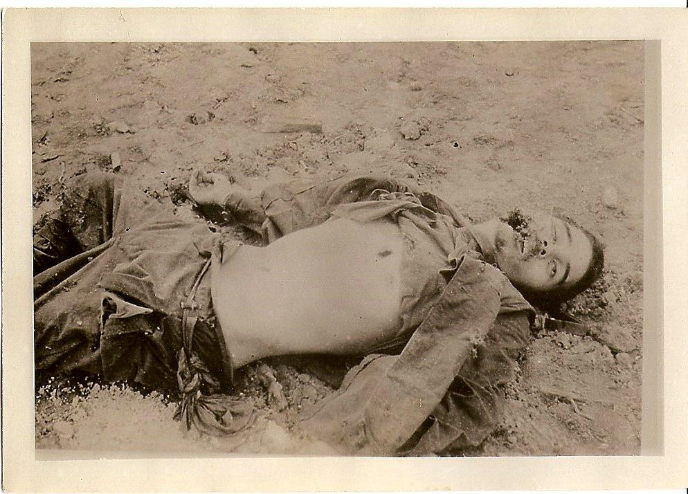 Photo of Fallen Japanese soldier
