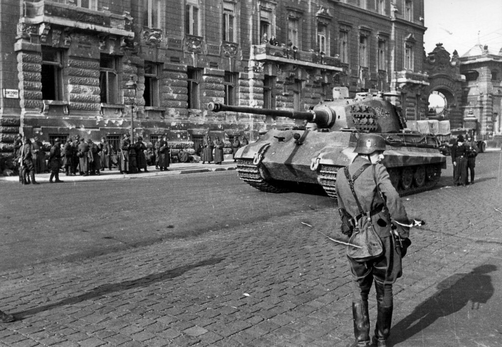 Photo of Pz. Kpfw VI Ausf B King Tiger Tank