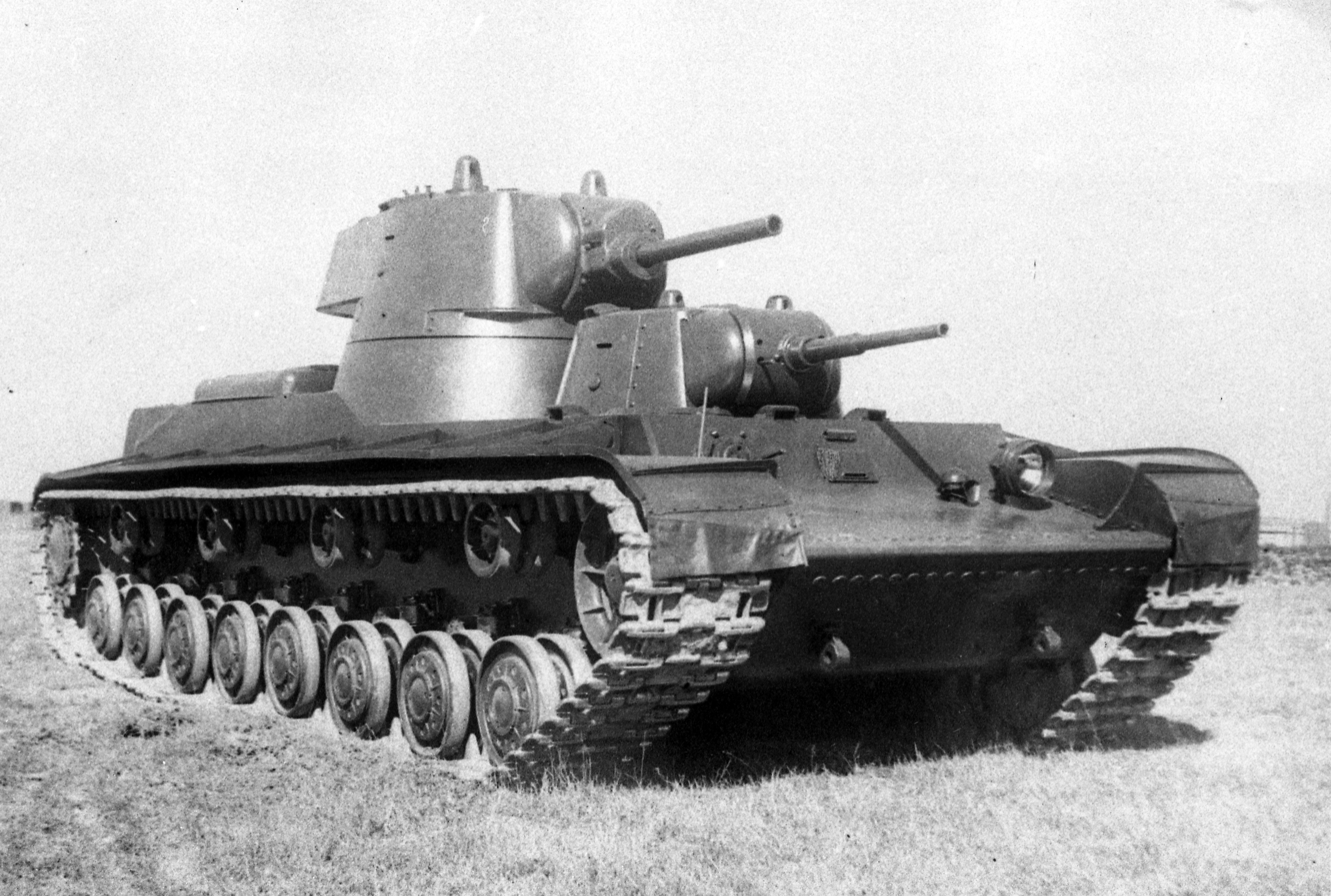 Photo of Russian SMK Tank