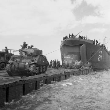 LST unloading tanks
