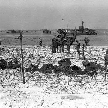 Prisoners of war on Utah beach