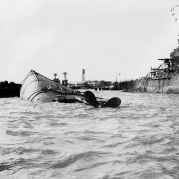USS Oklahoma rescue efforts